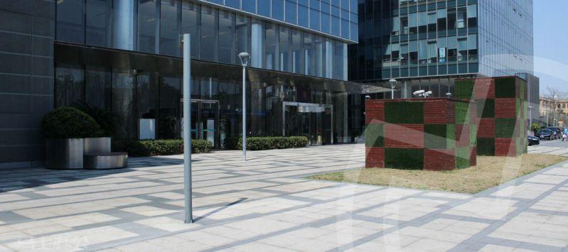 创富港(绿地中心)众创空间大楼外观图