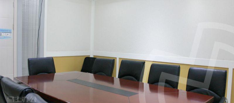 创富港(绿地中心)众创空间办公室照片