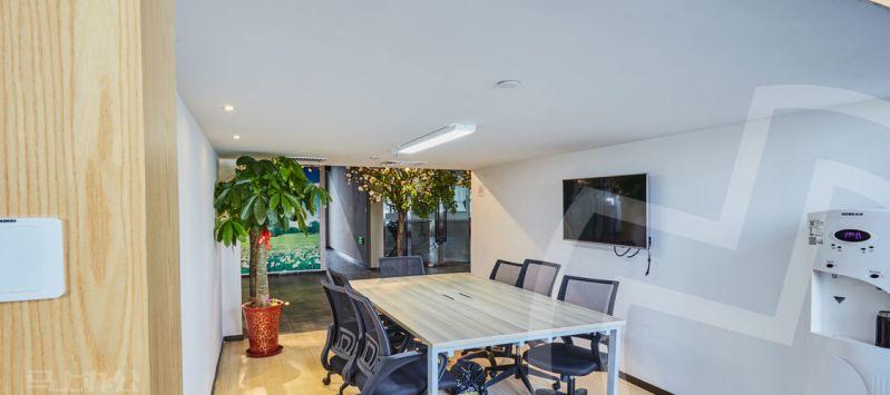 加速核金融产业园众创空间办公室照片